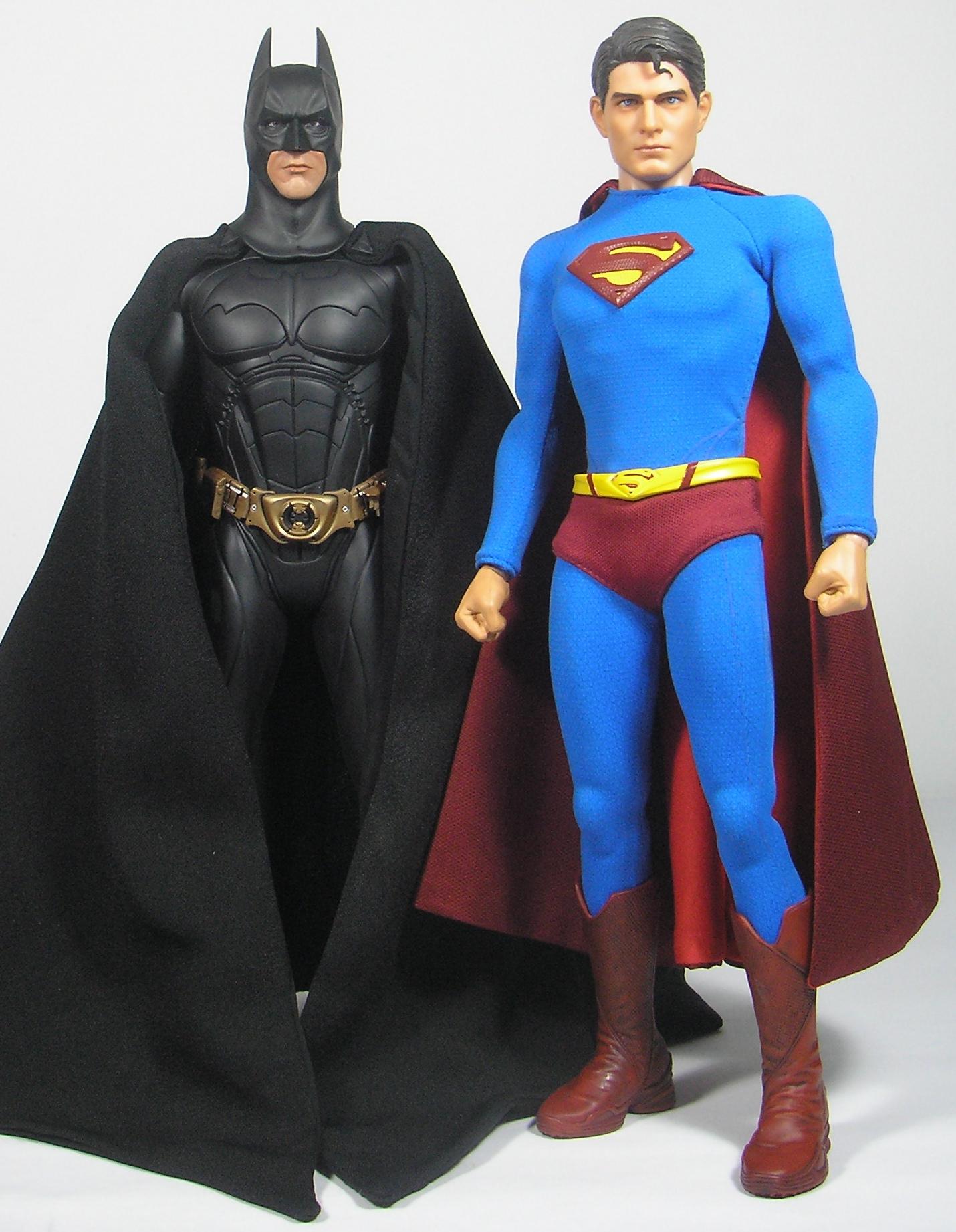 蝙蝠俠跟超人