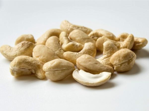sn-cashewsH