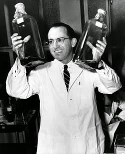 1955年的沙克(Jonas Edward Salk)。 圖片來源:wiki