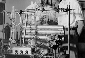 【物理史中的二月】1970 年 2 月 6 日:阿爾瓦瑞茲(Luis Alvarez)在《科學》雜誌上討論宇宙線和金字塔的論文