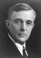 【物理史中的四月】1916 年 4 月 18 日:朗謬爾(Irving Langmuir)取得白熾燈的專利
