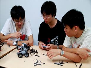 【臺灣大學】 99-B6-3 機器人檢測應用與跨領域科學人才培育