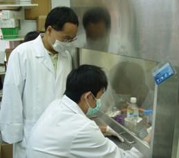 【陽明大學】 99-B5 以表面電漿耦合螢光生物感知器偵測新型流感病毒