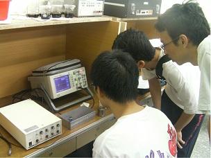 【大同大學】 99-B6-1 超聲波式觸控面板之研究