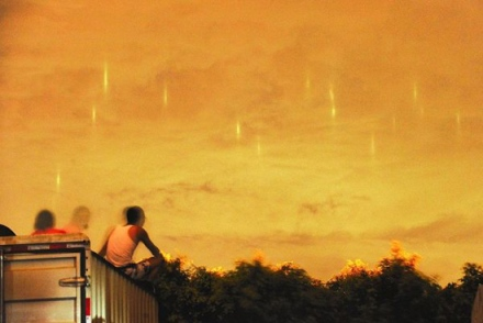【科學新聞】 廈門上空現垂直光線 疑為海市蜃樓